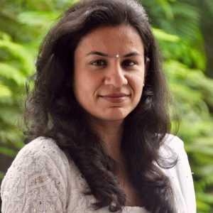 Dr. Nisha khanna
