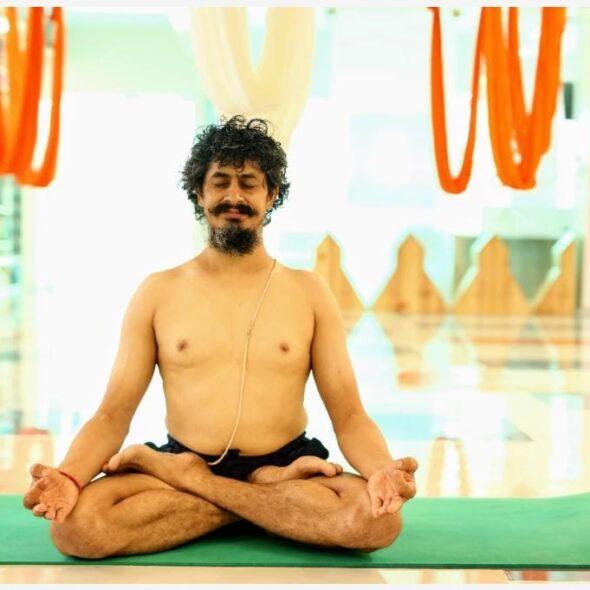 Guru Dhakaram
