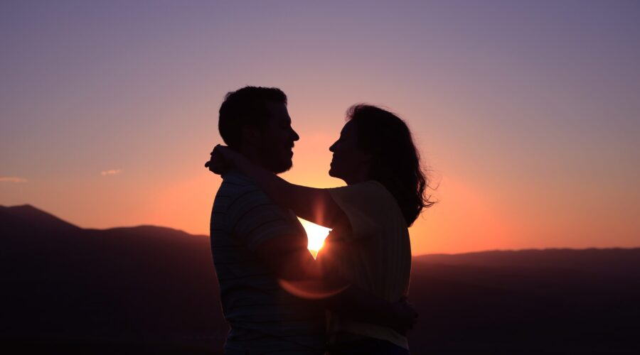 10 Signs you are in a Healthy Relationship!